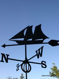 Windwijzer schip inclusief windroos. Gemaakt van RVS.