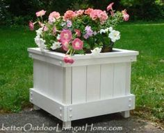 How to Make a Planter Box - Cap Cod Style, DIY Planter Box, Planter Box Plans