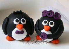Custom Round Penguin Wedding Cake Topper by fliepsiebieps on Etsy, $62.00