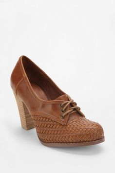 Urban Outfitters Heeled Oxford in brown @Monica Blanco Do I like these?