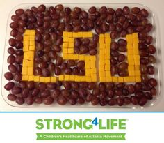 Do you find yourself chanting LSU-LSU every Saturday? Your tailgate will love these LSU grapes and cheese cubes. #Strong4Life