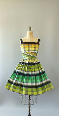 Vintage Dress/ Cotton Dress/ Alix of Miami Green, Yellow, Black Plaid Shelf Bust Cotton Dress S Vintage Dresses 50s, 50s Dresses, Vintage Shoes, Cotton Dresses, Pretty Dresses, Vintage Outfits, Vintage Fashion, Midi Skirt With Pockets, Pleated Midi Skirt