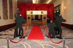 New party themes hollywood red carpets 68 ideas Hollywood Night, Hollywood Hotel, Hollywood Red Carpet, Hollywood Theme, Old Hollywood Party, Hollywood Birthday Parties, Casino Theme Parties, Casino Party, Casino Night