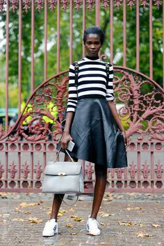 Model Off Duty Aamito Stacie Lagum, after Burberry Prorsum, Kensington Gore, London Balenciaga Le Dix, Model Street Style, Adidas Outfit, Models Off Duty, Hey Girl, Street Wear, Street Chic, London Fashion, Casual Wear