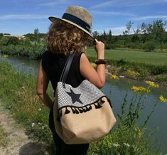 "Tote bag ""Black Star"" - Burlap, cotton woven and leather - cm Braids With Weave, Black Tote Bag, Black Star, Cute Bags, Black Faux Leather, Leather Handle, My Bags, Burlap, Hessian"