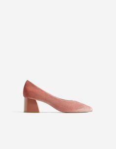 d0fbd2d897c Velvet mid heel shoes Mid Heel Shoes