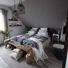 Slanted Wall Bedroom, Bedroom Wall, Attic Bedrooms, Room Inspiration, Home Goods, Sweet Home, Tiny House, Loft, Relax