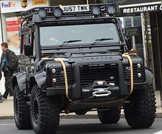 Land Rover Defender Big-foot 90 spotted out and about bond. Landrover Defender, Land Rover Defender 110, Defender 90, Auto Jeep, M Bmw, Navara D40, Automobile, Offroader, Bug Out Vehicle
