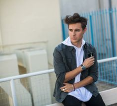 Jorge blanco <3 Violetta And Leon, Def Not, Pretty Boys, Character Inspiration, Singer, Actors, Guys, Wallpapers, Husband