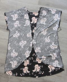this easy to sew DIY women's kimono comes together in less than an hour with just one yard of fabric using a free tee pattern. easy to follow photo instructions. Nice lil jacket