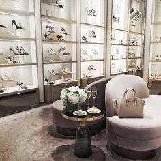 miumiuceline:   Quick stop at @jimmychoo to put... - Miss Zeit