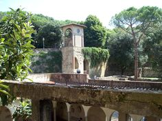 A lovely cloister in Arezzo