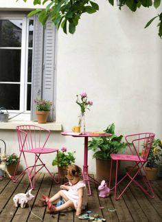 Revamping bistro style garden furniture