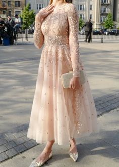 designer dresses tea length with long sleeves sequins lace .- designer dresses tea length with long sleeves sequins lace - Hijab Evening Dress, Hijab Dress Party, Evening Dresses, Party Dresses, Tea Length Wedding Dress, Tea Length Dresses, Dress For Wedding Guest, Sexy Dresses, Beautiful Dresses