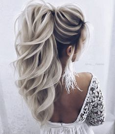 34 trendy silver / gray hairstyle ideas for 2019 - cool trendy silver / gray hairstyle ideas for 2019 frisur ideen silber trendy medium length hair color - new best hairstyleMedium length Wedding Hairstyles For Women, Pretty Hairstyles, Hairstyle Ideas, Ponytail Hairstyles, Hairstyle Tutorial, Hair Ideas, Date Night Hairstyles, Short Prom Hairstyles, Choppy Hairstyles