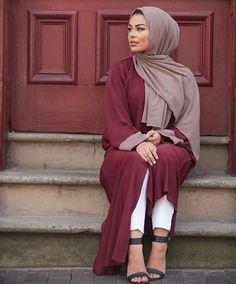 Lifelongpercussion More Hijab Style Dress, Modest Fashion Hijab, Abaya Style, Arab Fashion, Muslim Fashion, Street Fashion, Womens Fashion, Muslim Girls, Muslim Women