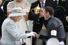 The Queen breaks blue tradition at Royal Ascot with grey ensemble Princess Eugenie, Princess Anne, Royal Ascot Ladies Day, Autumn Phillips, Cocktail Hat, Silk Floral Dress, Save The Queen, British Monarchy, Race Day