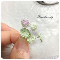 久しぶりに白詰草を。やっぱり可愛い…。 明日までに仕上げられたら、展示作品としてリボンマルシェにお持ちします。 #crochet #clover #レース編み #かぎ針編み #lunarheavenly #リボンマルシェ