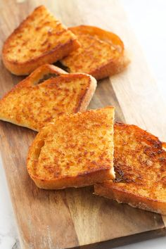 Sizzler Toast Recipe, Sizzler Recipes, Cheese Toast Recipe, Cheese Bread, Snack Recipes, Snacks, Bread Recipes, Cooking Recipes, Crepes