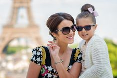 Book a Paris family photographer in no-time. What if the family shoot will become the highlight of your Paris trip ? Paris Photography, Couple Photography, Photography Ideas, Family Photo Sessions, Family Photos, Mother Daughter Pictures, Mother Daughters, Romantic Photos, Romantic Moments