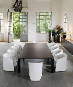 TAO - Table de réunion - SINETICA
