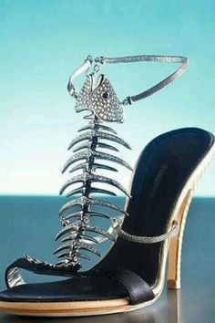 I would wear these every day to every where!!!  Love them