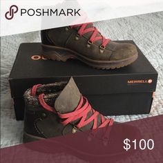 Merrell hiking boots with box size 7 For sale is a pair of lightly used Merrell hiking boots in a size 7 with box. Merrell Shoes Lace Up Boots