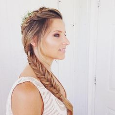 What do you think of this wedding-inspired braid from #silviyahairstyling?