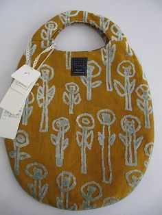 'daydream' bag by mina perhonen for drop. Like an egg. My Bags, Purses And Bags, Diy Sac, Textiles, Fabric Bags, Shopper, Handmade Bags, Beautiful Bags, Sewing Projects