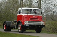 Oosting - Tolbert Bouwjaar 1968 - Gerestaureerde Old Timers Train Truck, Road Train, Vintage Trucks, Old Trucks, Classic Trucks, Classic Cars, Cars And Motorcycles, Tractors, Van