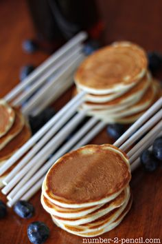 Make Pancake Pops for Father's Day! The perfect idea for a fun breakfast with dad by No. 2 Pencil for Tatertots and Jello