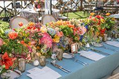 #centerpiece #wedding #floral #tablerunner #tulip #blue #hydrangea #jacksondurham