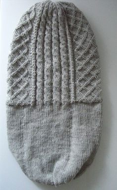 Most up-to-date Totally Free crochet beanie cable Thoughts Mützen doppelt stricken – Beanie mit Rautenmuster und Zopfmuster How To Start Knitting, Knitting For Beginners, Double Knitting, Double Crochet, Free Knitting, Knitting Patterns, Crochet Patterns, Bonnet Crochet, Crochet Beanie