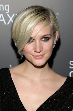 25 Pretty Pixies to Inspire Your Short Haircut: Ashlee Simpson was one of the more notable celebrities to chop her platinum hair into a pixie, which flattered her heart-shaped face beautifully.