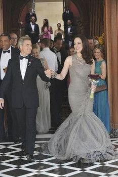 Henry Czerny as Conrad and Madeliene Stowe as Victoria on Revenge