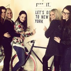 Chloe and the girls with our 'Let's Go to New York!' Sticker! #Hu2Design #Art #Interior #Letsgotonewyork #Newyork