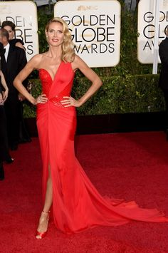 Heidi Klum in an Atelier Versace dress. ♥ If you enjoyed my pin, pls do visit … Heidi Klum in an Atelier Versace dress. Heidi Klum 2015, Beautiful Dresses, Nice Dresses, Prom Dresses, Dresses Uk, Dress Prom, Ball Dresses, Formal Dresses, Celebrity Red Carpet