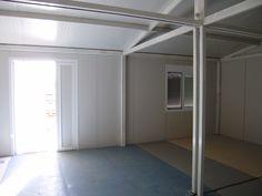 Εσωτερική φωτογραφία στον εγκάρσιο άξονα οικίσκου 6Χ8. Διακρίνεται η ένωση στη μέση των δύο του τμημάτων. Έκαστο τμήμα έχει διαστάσεις 3Χ8. Furniture, Home Decor, Decor, Mirror