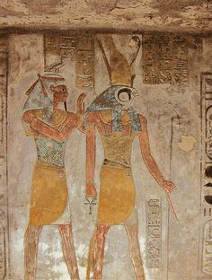 Geb assurant la protection d'Horus - Tombe du roi Sethnakht - XXe dynastie.