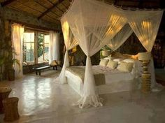 Such a romantic bedroom......♡
