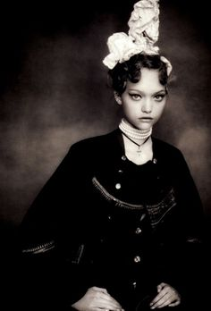 Gemma Ward in Vogue Italia December 2005 by Paolo Roversi