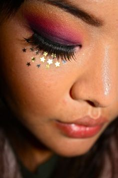 Good star pattern for the next time I paint my face.