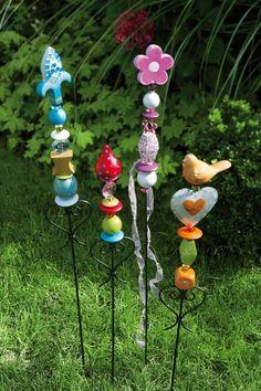 ausgefallener gartenstecker, stele aus keramik, Garten Ideen