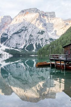 Découvrir les Dolomites en Italie : itinéraires, incontournables, randonnées Road Trip, Voyage Europe, South Tyrol, The Mountains Are Calling, Italy Travel, Italy Trip, Spring Break, The Good Place, Travel Inspiration
