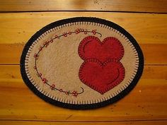 Primitive Wool Felt Candle Mat Penny Rug Valentine Hearts and Flower Garland | eBay