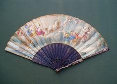 """Fan - Ventaglio dipinto con """"Aurora e il carro del sole"""" da Guido Reni (Casino Rospigliosi). Pelle su montatura in tartaruga ageminata in oro. Circa 1740."""