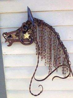 Horse metal yard art sculpture of junk metal! (photo only)