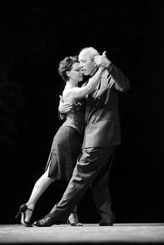 Tango argentino by Maurizio Longhin, via Flickr