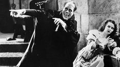 (1) @ethan1960/movie / Twitter Victor Hugo, Love And Rockets, Gaston Leroux, Lon Chaney, Movie Blog, Classic Monsters, Vintage Horror, Universal Pictures, Actresses