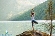 Hayatın yolunuza koyduğu taşlar, engeller, iç savaşlarınız vs… Ama siz farkındalığınızı canlı tutup, hayatınızı bir oraya bir buraya savrulmaktan uzak, belli bir denge çerçevesi içerisinde verimli, üretken ve pozitif geçirmek istiyorsanız bu yoga pozunu devreye sokabilirsiniz. Hayatınızda yönetmeye çalıştığınız denge unsurunu yakalamanızı kolaylaştıracak yoga ile, bunaltıcı sıcağı daha enerjik motivasyonu yüksek şekilde yenebilirsiniz. 😊